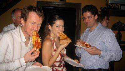 julia-allison-eats-pizza-at-techcrunch-after-party.jpg